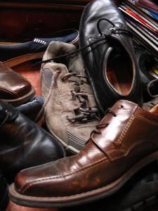 mauvaises odeurs dans vos chaussures un coup de bicarbonate. Black Bedroom Furniture Sets. Home Design Ideas